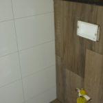 toilet wandtegels plaatsen